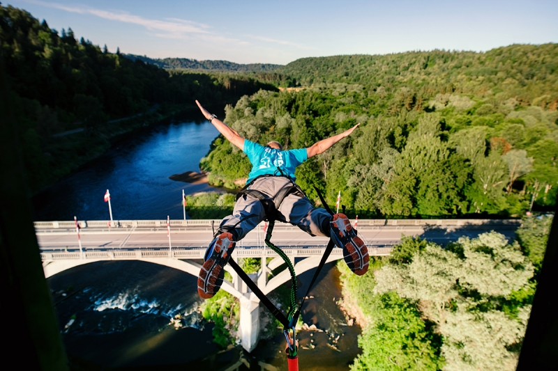 Riga Stag Party Weekend - bungee-jump-s.jpg