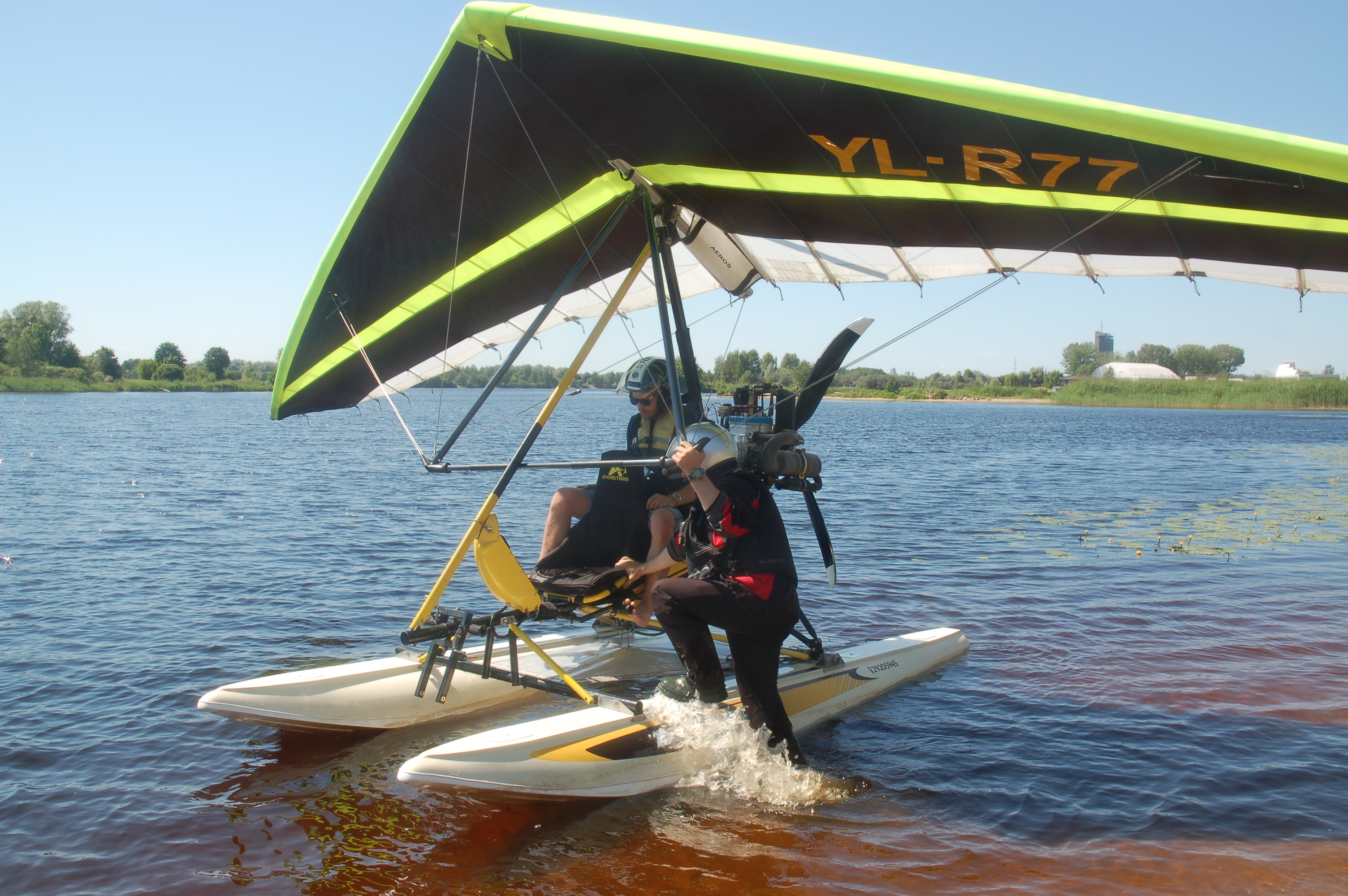 Riga Stag Party Weekend - hang-glider.JPG