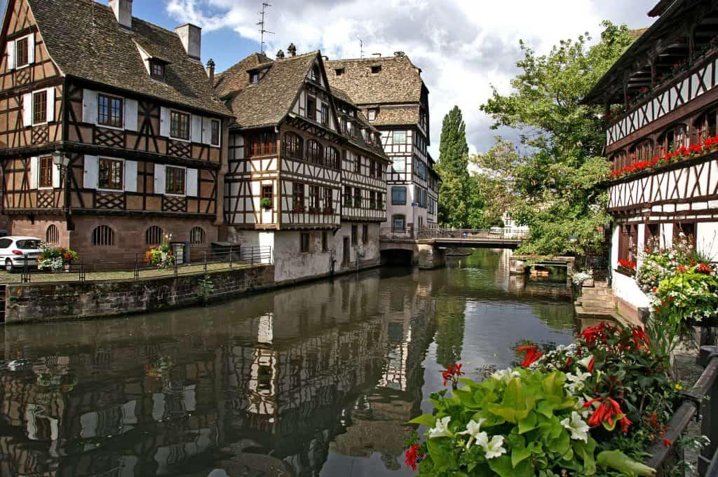 Strasbourg : Top 10 des meilleurs bars et restaurants pour un enterrement de vie de célibataire