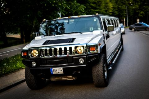 Hummer limousine VIP & sexy options
